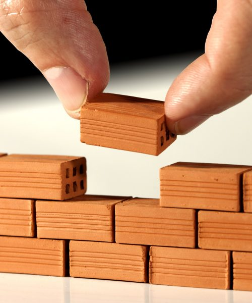 small business firewalls are hard to pick. this firewalls.com guide will help you learn how to choose the best firewall for small business SMBs